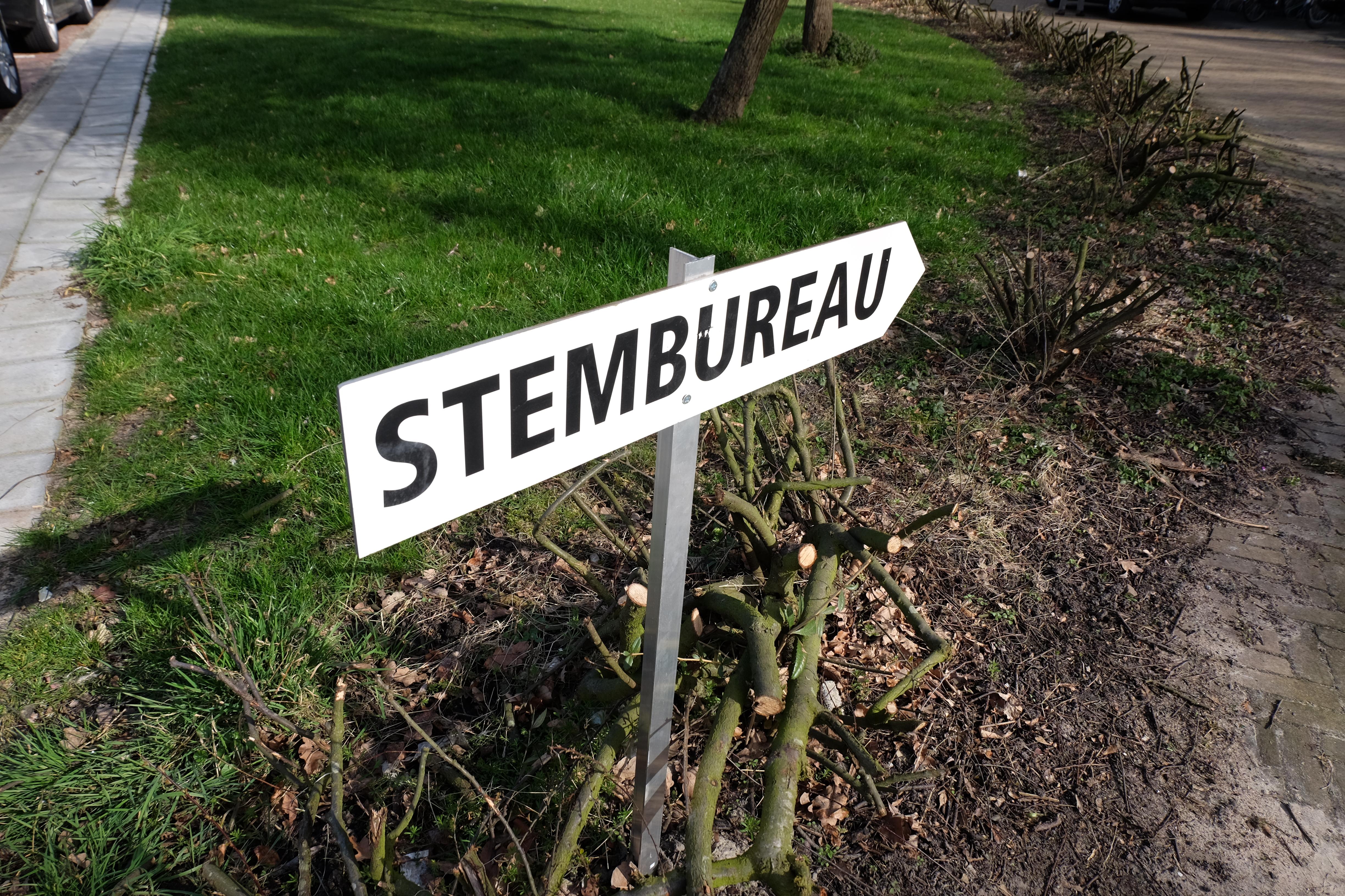 Stembureau-2